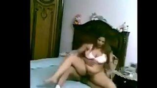 سكس عربي مسرب مصري ينيك زوجة اخوه ويمتعها نيك نار Xxx فيديو عربي