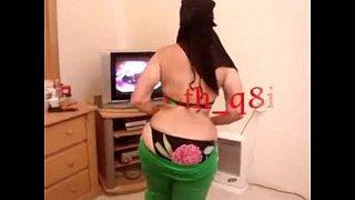 كويتية منقبة طيزها كبيرة ترقص رقص سكسي لعشيقها الحرة xxx أنبوب ...