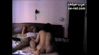 فيلم سكس مصري طويل ساعة تصوير سري من نجع حمادي Xxx أنبوب عربي