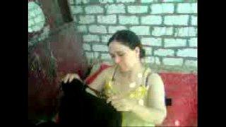 سكس عربي في الزريبة و نيك متخفي مع فتاة لذيذة جسمها نار سكس عرب