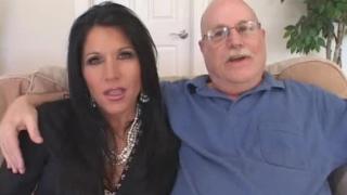 سكس ديوث حقيقي نيك امراة جميلة امام زوجها بازبار سوداء Xxx أنبوب عربي