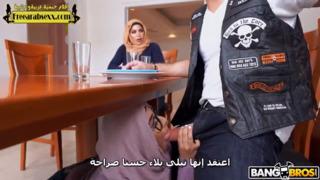 اخت واختها وامها سكس الحرة xxx أنبوب عربي في Porn-data.info