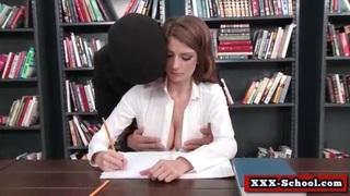 المدرس ينيك تلميذته المراهقة الحرة xxx أنبوب عربي في Porn-data.info